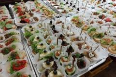 Das Buffet mit Finger-Food.