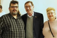 José Ignacio Rodriguez Maicas mit Linken-Stadtverordnetem Willi Edelbluth und dessen Ehefrau.