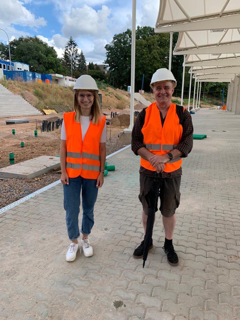 Die Grünen Stadtverordneten Jeanne Dillschneider und Thomas Brass